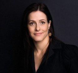 Bethany McLean is a US journalist and author.